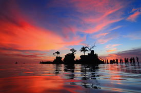 foto of willy  - beautiful sunset and sea with tourist shot in Boracay Philippines Willy - JPG