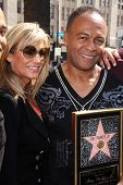 LOS ANGELES - MAR 6:  Elaine Parker, Ray Parker Jr at the Ray Parker Jr Hollywood Walk of Fame Star