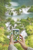 Photographing Plitvice Lakes With Cellphone