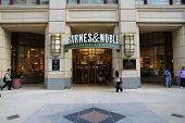 Chicago Barnes Noble