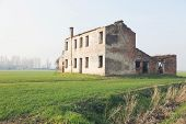 Abandoned farmhouse in the countryside
