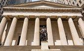 New York Federal hall Memorial George Washington Statue US
