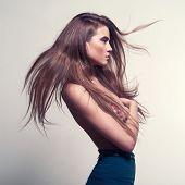 Mode Foto schöne Dame mit wunderschönen Haare