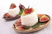cheese with fresh fig