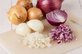 Whole, Peeled And Diced Brown and Red Onion