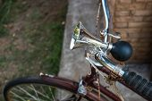 foto of hooters  - Old style bicycle air horn vintage object - JPG