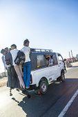 Overload Taxi At The Yamuna Express Way