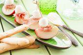 foto of smoked ham  - Slices of nectarine with smoked ham and mozzarella balls - JPG
