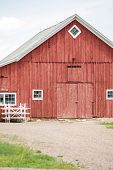 foto of red barn  - Red old barn on historical farm in Parker Colorado - JPG