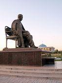 Tashkent Abdulla Qahhor Monument 2007