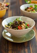 Shirataki noodles with mushrooms