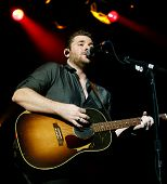 LAS VEGAS-APR 5: Chris Young performs at the 2nd Annual Academy of Country Music (ACM) Party For A C