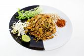 Thai Dish : Pad Thai With Dried Shrimp, Yellow Tofu, Organic Snow Pea Sprouts Or Toumyou, Bean Sprou