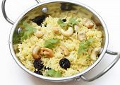picture of kadai  - Raisin and cashew pilaf - JPG
