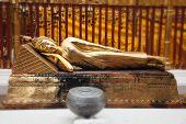 Golden buddha statue in Wat Phrathat Doi Suthep