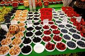 Berry's On A Farmers Market.