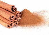 Cinnamon Powder And Cinnamon Sticks