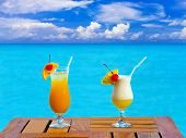 foto of beach party  - Two cocktails on table  - JPG