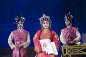 Chinese Opera - Queen And Servants