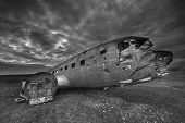 Постер, плакат: Wreck of a US military plane crashed in the middle of the nowhere The plane ran out of fuel and cra