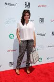 LOS ANGELES - MAY 17:  Tiffani Thiessen at the Ovarian Cancer Research Funds Inaugural Super Saturda