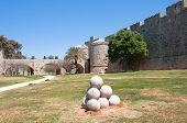 Parede de Rhodes, Grécia