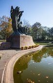 foto of chopin  - Famous statue of Frederic Chopin - JPG