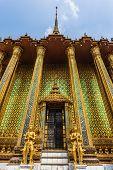 Phra Mondop Front