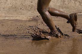 foto of wet feet  - Closeup of unidentified race participant - JPG