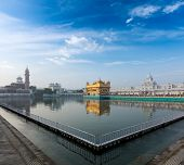 picture of sikh  - Sikh gurdwara Golden Temple  - JPG