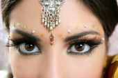foto of indian wedding  - Beautiful indian brunette portrait with traditionl costume - JPG