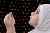 Little Muslim Girl Prayer