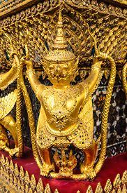 picture of garuda  - Garuda statue in a temple in Thailand - JPG