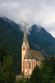 Постер, плакат: Хайлигенблут церковь на черный день Национальный парк Хоэ Тауэрн Австрия