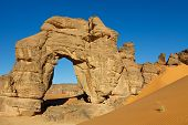 Forzhaga Arch - Natural Rock Arch - Akakus (acacus) Mountains, Sahara, Libya