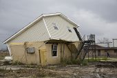 foto of katrina  - 12-28-06 Ninth Ward of New Orleans over a year after Katrina showing the devastation. - JPG