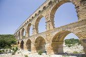 Pont du Gard, alten Wasserlauf