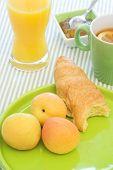 Apricot Breakfast