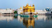 Sikh gurdwara Golden Temple (Harmandir Sahib). Punjab, India