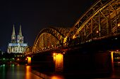 pic of koln  - Koln Dom and near the Hautpbanhof - JPG