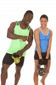 Homem e mulher Fitness-lo apontando