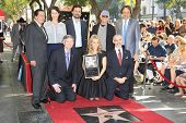 LOS ANGELES - JAN 29: Peter Roth, Jeremy Sisto, Larry David, Kevin Nealon, Cheryl Hines, Leron Guble