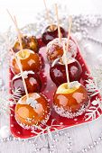 apples with caramel