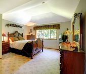 pic of master bedroom  - Large green walls traditional American master bedroom - JPG