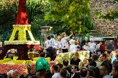 Постер, плакат: Editorial 4 October 2015: Barr France: Fete Des Vendanges