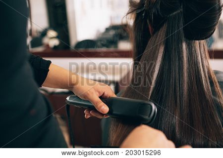 poster of Woman At The Hair Salon Getting Her Hair Styled
