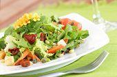 frische Frühlings-Salat