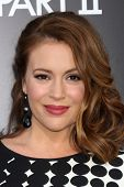 LOS ANGELES - MAY 19:  Alyssa Milano arriving at the