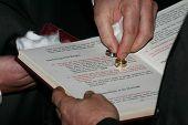 sanctifying of the wedding rings