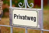 Privat Way